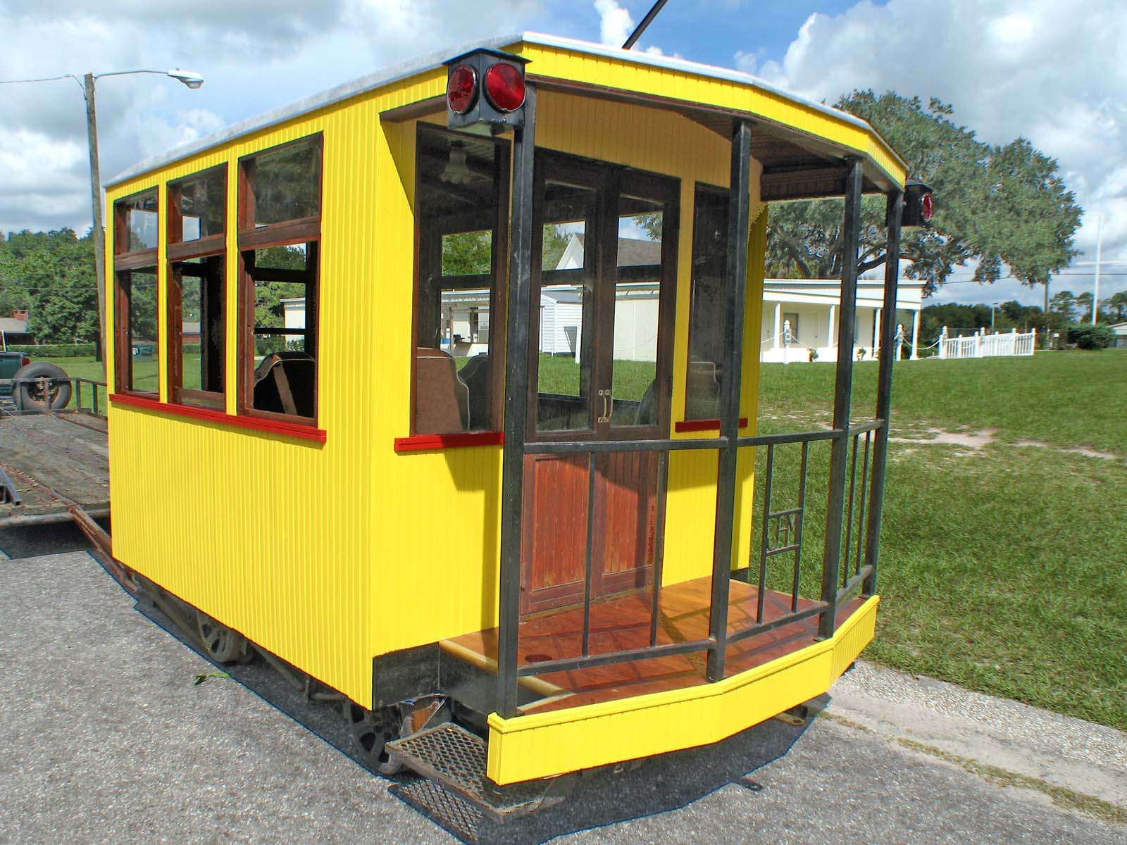 how to build a trolley car